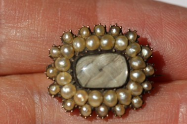 Fancy pearl pin1IMG_2160