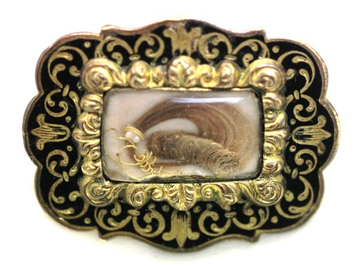 gilt mourning brooch1 IMG_0523