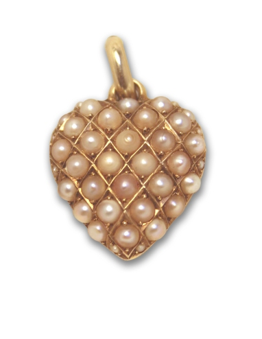 pearl-pendant-frontimg_7194crs