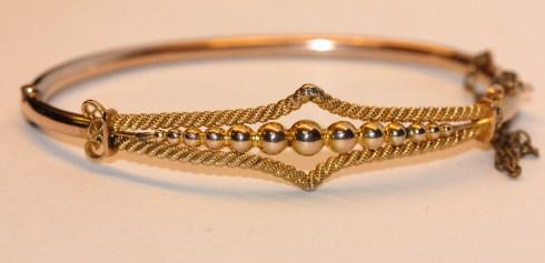 beaded bracelet1IMG_1571