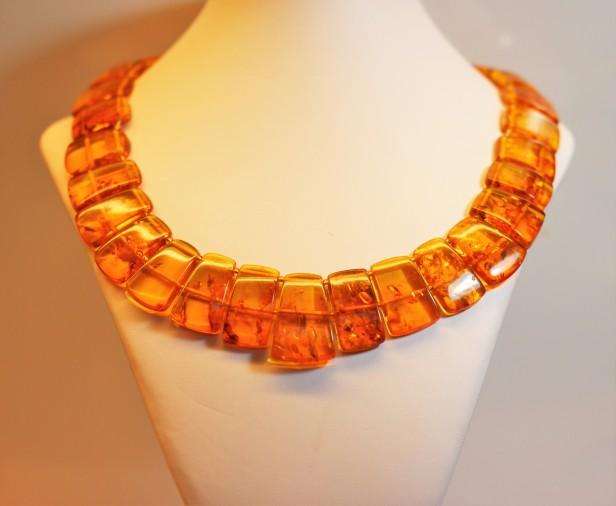 amber collar 1IMG_2860