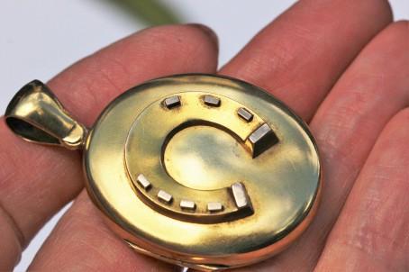 gold locket 6IMG_2786