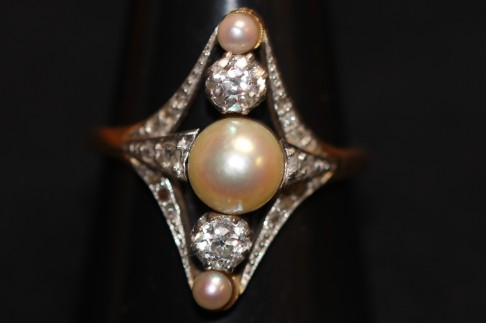 Antique pearl and diamond ringIMG_3578