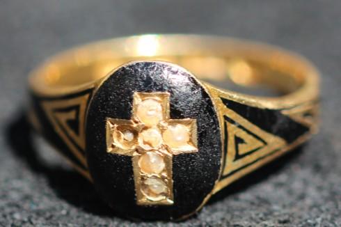 cross ringIMG_3759