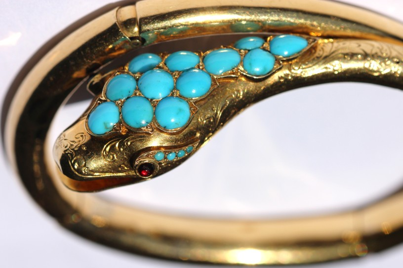 5f934bfb21 Turquoise in antique jewellery – navette jewellery