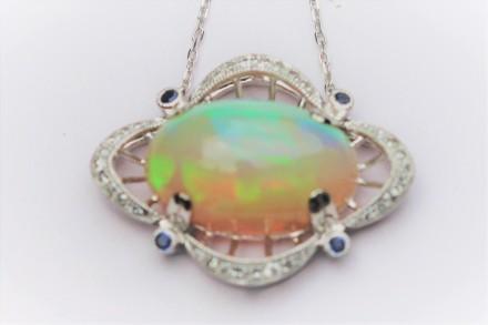 white opal1 IMG_3808