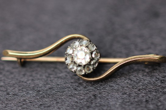 single diamond bar brooch1IMG_4335