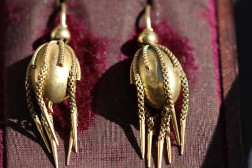 Victorian tassel earrings 2IMG_4393