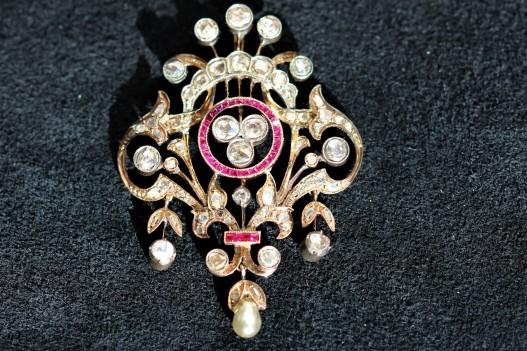 diamond brooch 2IMG_4612