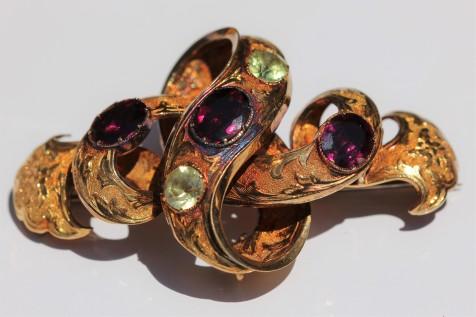 garnet peridot brooch 2IMG_4136