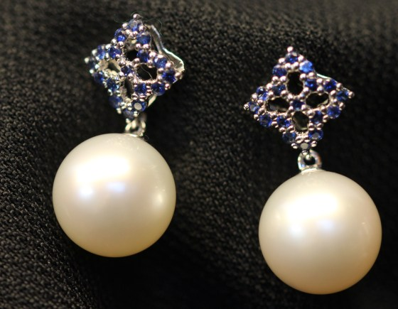 pearl earrings 1IMG_0843