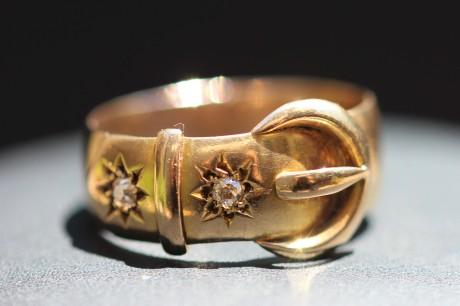 diamond buckle ring 1IMG_3824