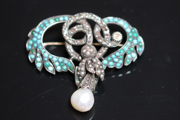 turquoise pearl brooch 2IMG_5379