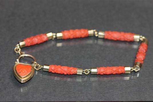 coral bracelet 1IMG_5295
